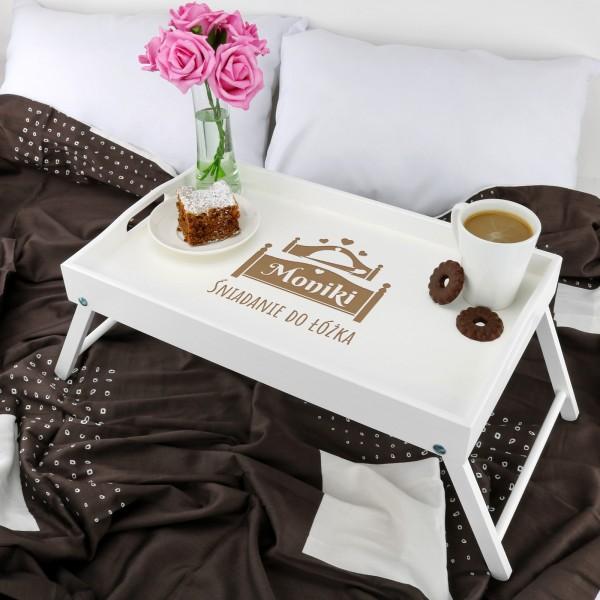 Pomysł na prezent dla żony stolik śniadaniowy z imieniem