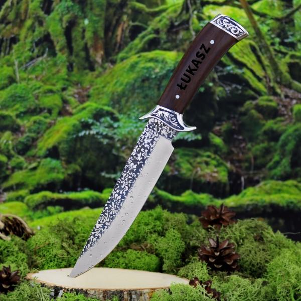 Nóż myśliwski z grawerem na praktyczny prezent dla męż